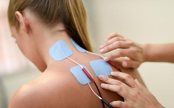 Physiothérapeute, thérapie ultrason